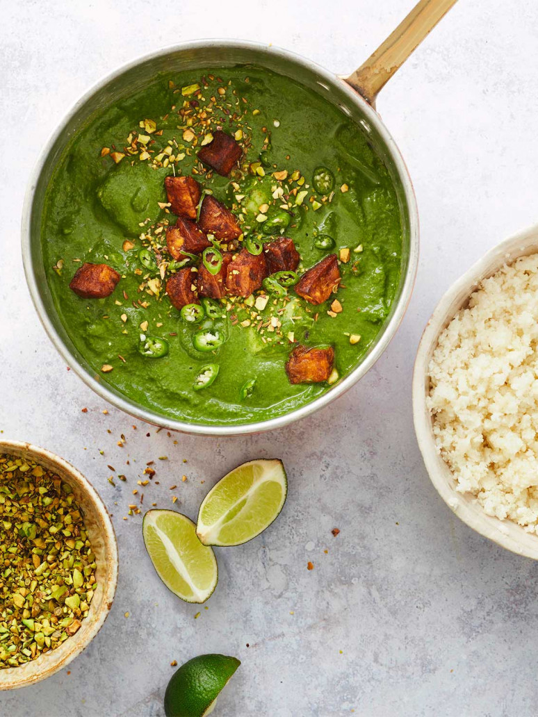 Fish and spinach curry with cauliflower 'rice' and pistachios